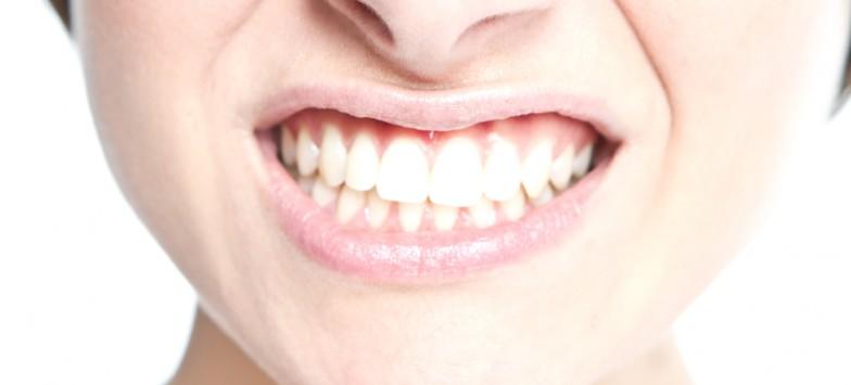 Имплантация передних зубов: основные тонкости процедуры